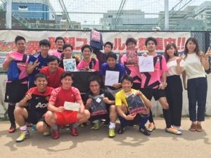 フットサル大会で卒業生チームが優勝!在校生チームが準優勝!