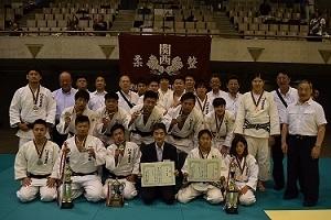全国学校協会柔道大会で、男子が準優勝、女子が三位!