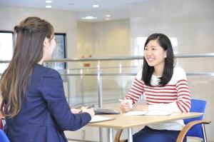 学外進学相談会に参加します。
