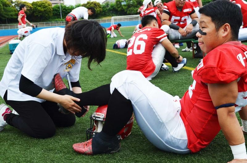 トレーナー実習(アメリカンフットボール)