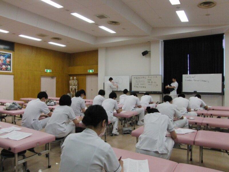 評価学実習後セミナーを行いました。